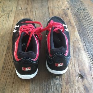 Under Armour Shoes - Under Armor size 8.5 baseball cleats